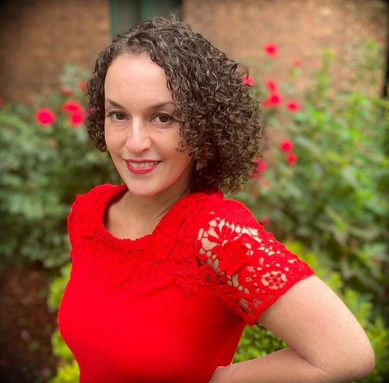 Lauren Henríquez-Bentiné, LCSW